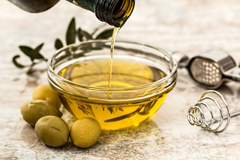 health-benefits-of-extra-virgin-olive-oil-1.jpg