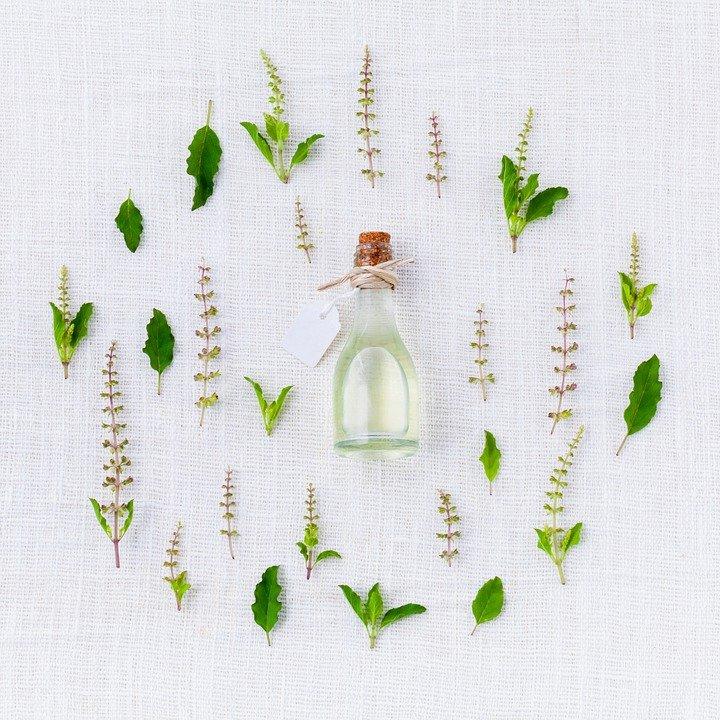 5-ways-to-treat-Eczema-with-Essential-Oils-for-Eczema.jpg