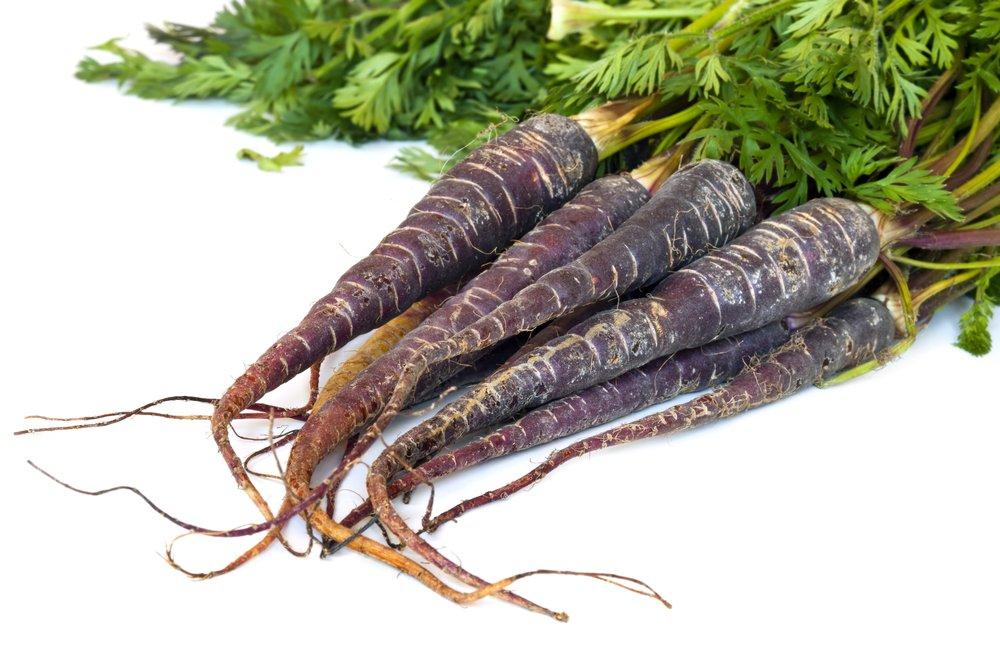 black-carrots-2.jpg