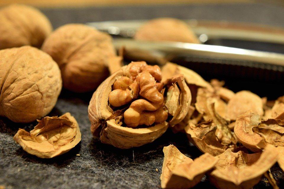 walnut-1.jpg