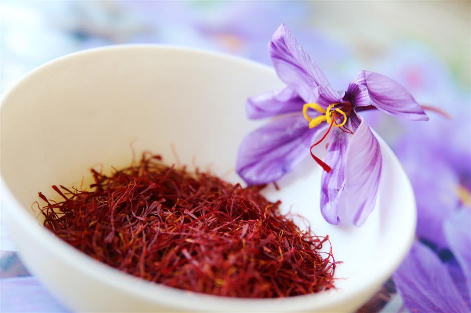 saffron-2.jpg